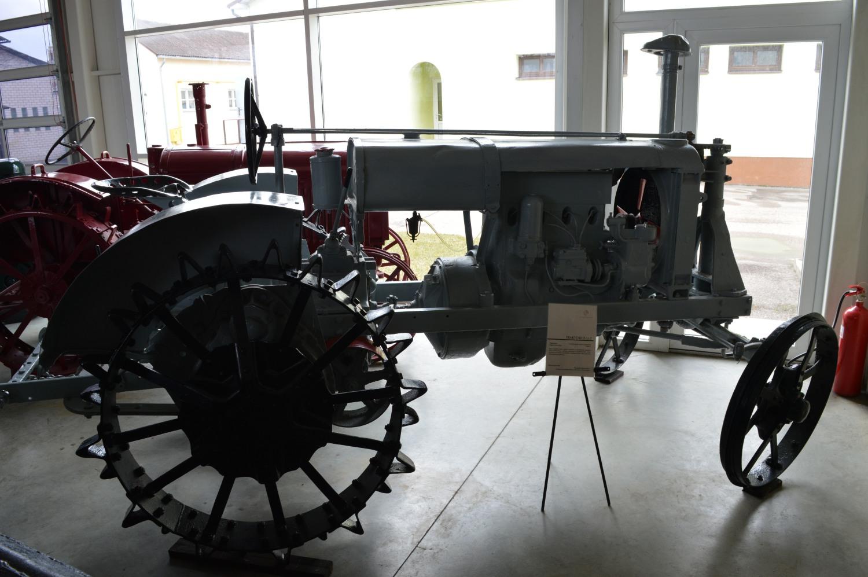 Traktorius U2