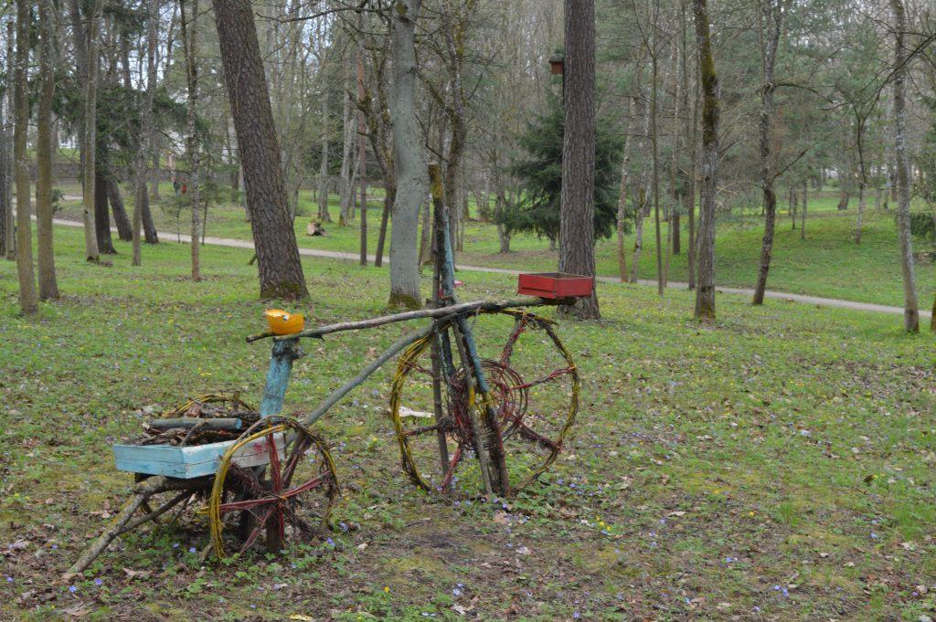 Meninis dviratis