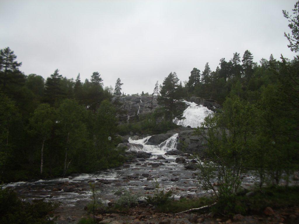Kalnų upelis Švedija