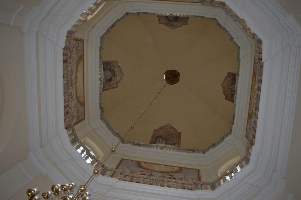 bažnyčios lubos