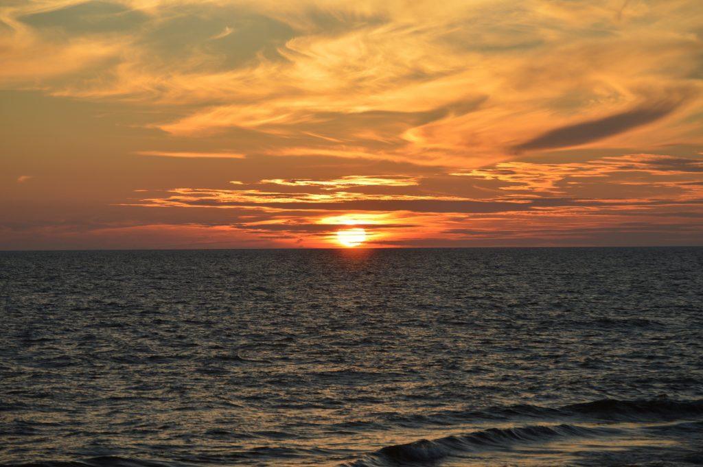 Baltijos jūros saulėlydis iš Klaipėdos