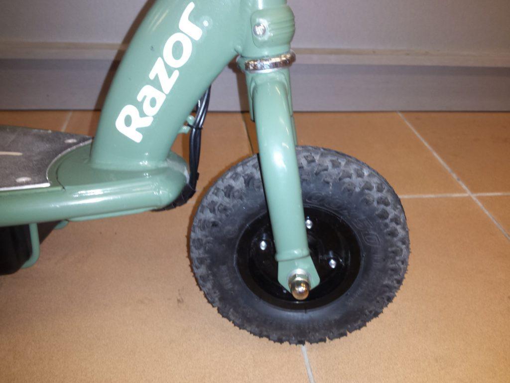 Elektrinis paspirtukas Razor rx 200