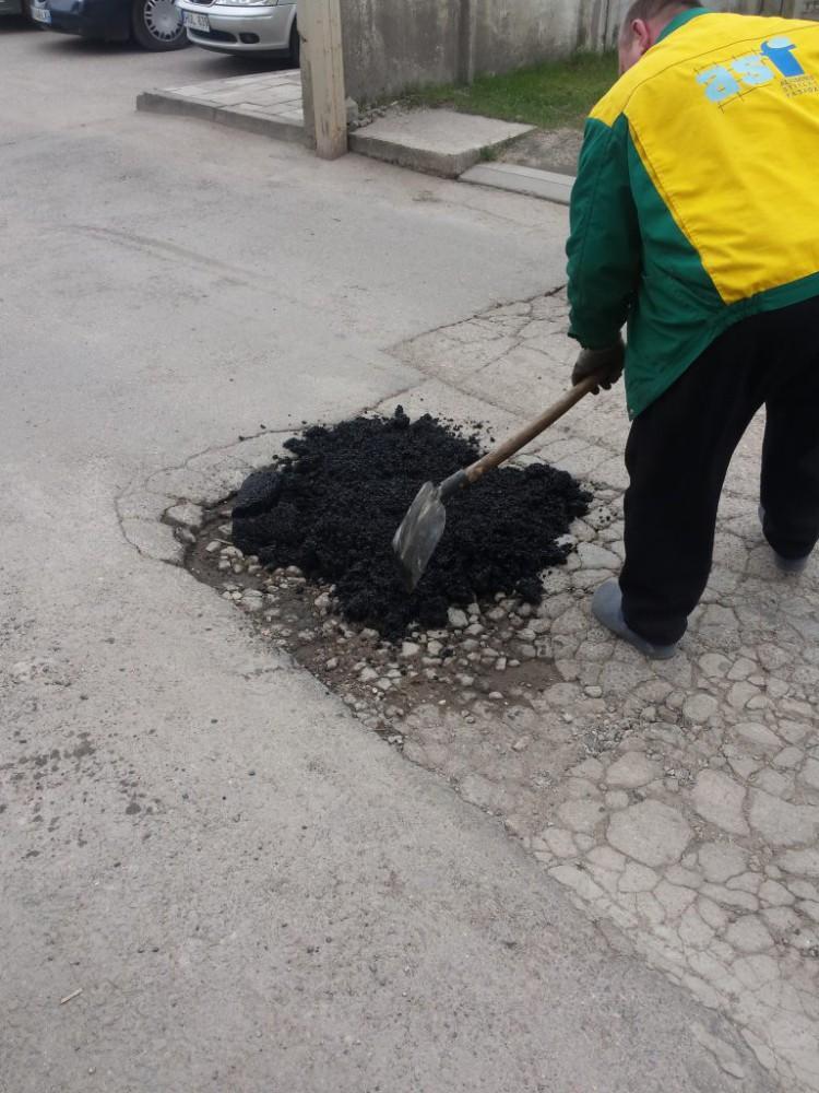 Šlapias asfaltas